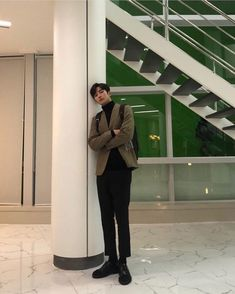 he's as tall as the stairs, i-