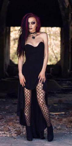 0a5859ea5aa87d3a29488ce7c31af579--dark-gothic-gothic-art.jpg (475×959)