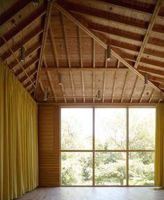 Tim Ronalds Architects > Sevenoaks School Performing Arts Centre, Kent | HIC Arquitectura