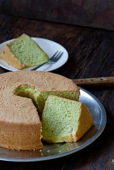 Pandan Chiffon Cake - delicious recipes http://www.indochinekitchen.com