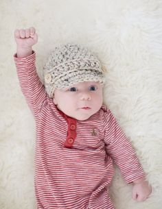 So adorable! Newborn Boys Hat Ready to Ship Baby Boys by cherlynnephotography Baby Boy Winter Hats, Baby Boy Hats, Baby Boy Outfits, Crochet Newsboy Hat, Crocheted Hats, Newborn Boy Hats, Cute Boy Things, Trendy Baby Clothes, News Boy Hat