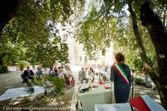 cerimonia civile presso la Torre del Lago, Villa Orlando, Versilia, Toscana. reportage fotografico di Girolamo Monteleone wedding photojournalist. www.girolamomonteleone.com