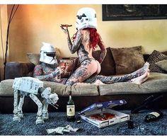 Relationship goals  #maythefourth #starwars  pic stolen from @durbmorrison by…