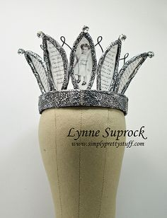 For art sharing tips for projects like these go to www.simplyprettystuff.blogspot.com Crown Decor, Diy Crown, Royal Tiaras, Tiaras And Crowns, Invisible Crown, Birthday Crowns, Paper Crowns, Crazy Hats, Daughters Of The King