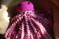 My GIANT jellyfish. A.k.a. My ultimate stashbuster project.*NOW WITH PATTERN!!* - CROCHET