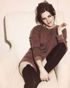 Kristen Stewart. I swear she looks just like my Tess!