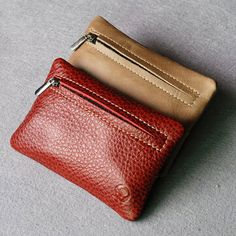 Men And Women Genuine Leather Key Holder Solid Vintage Coin Wallet sales at a good price. Come to Newchic to buy a wallet, more cheap women wallets are provided online. Best Leather Wallet, Leather Key Case, Coin Wallet, Coin Purse, Leather Key Holder, Make Money Now, St Kitts And Nevis, Cow Leather, Clothes For Sale