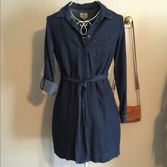 Levis blue denim button shirt dress New without tag. Levis waist tie blue denim button shirt dress. Size small. 100% cotton. With pockets. Super versatile and can be worn in different seasons. 👠👢👡 Levi's Dresses Long Sleeve