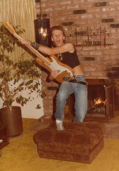 I am looking for all styles of music. Submit your music related family photos! Rock And Roll Fantasy, Family Photos, Musicians, Painting, Vintage, Style, Art, Family Pictures, Swag