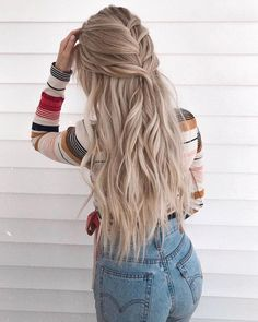 Braid of the day 🍯 Wearing my hair extensions in Latte blonde, Use my code ''FoxyAudrey'' for a free gift Fancy Hairstyles, Everyday Hairstyles, Straight Hairstyles, Braided Hairstyles, Hair Extension Hairstyles, Hairstyles With Extensions, Hairstyles 2018, School Hairstyles, Braided Ponytail