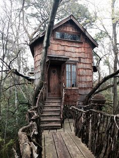 Texas Treehouse.A cozy little house up in the trees complemented with colourful lights and a nice hammock on the ground level. The treehouse is inhabited permanently. And, of course, how could it not be?