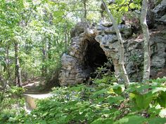 This little known cave in North Carolina once offered shelter for British Loyalists during the American Revolution. Zion Camping, Camping World, Rv Camping, Camping Trailers, Camping Ideas, Cascade Falls, Camping In North Carolina, California Camping, Canoe And Kayak