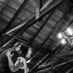 """""""Gosto dessa Definição: abraço é o encontro de dois corações."""" 😊👫❤️❤️💋 #marriage #brideandgroom #noiva #fotografia #fotografodecasamento #fotografiadecasamento #casamento #truelove #wedding #destinationwedding #weddinginspiration #weddingflowers #groom #bride #love #photographie #photographer #weddingphotography #weddingphotographer #weddingday #ensaiodecasal #couplesession #mywed #engagementsession #weddingportrait #couplegoals #marryme #brideandgroom #justmarried #lifestylephotography"""