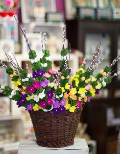 kosz wielkanocnych palemek wykonanych z kolorowej bibuły Planter Pots, Lego, Table Decorations, Flowers, Handmade, Diy, Home Decor, Palmas, Paper