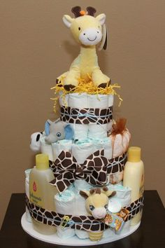 Giraffe Diaper Cake | DIY Baby Shower Gift Basket Ideas for Boys