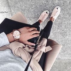 Casual meets chic