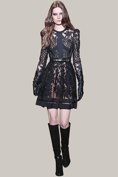 ELIE SAAB - Ready-to-Wear - Fall Winter 2015-2016