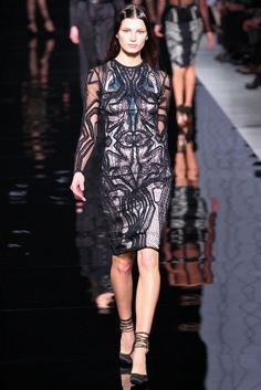 Etro Fall 2012 Ready-to-Wear Collection Slideshow on Style.com
