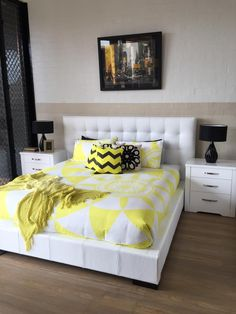 White Alexa Bedroom Suite In Genuine Leather