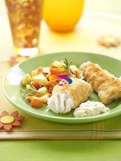 Filetti di merlano impanati con carote e patate #CucinareMeglio #ricette via @CucinareMeglio