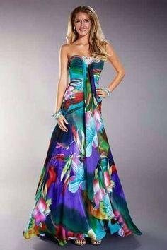 Best Ideas Moda 2019 Tendencias Juvenil Fiesta Source by lunghi Elegant Dresses, Pretty Dresses, Pretty Outfits, Sexy Dresses, Fashion Dresses, Prom Dresses, Formal Dresses, Beaded Dresses, Beautiful Gowns