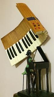 Barbara Gay Jimenez|Piano Sculptures Created from Repurposed Keyboards