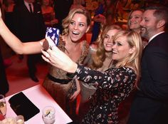 Elizabeth Banks, Amy Adams & Reese Witherspoon from Oscars 2017: Party Pics  Even celebrities stop to snap selfies.