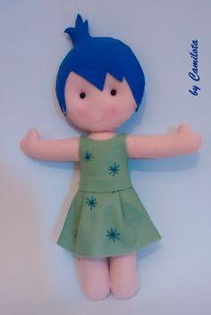 Boneca Alegria (Divertida Mente), produzida 100% em feltro.