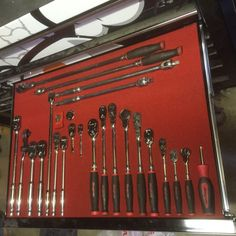 Organising your Snap on tools with Shadow Foam - Modern Mechanic Tool Box, Mechanic Shop, Garage Tools, Garage Workshop, Garage Ideas, Garage Organization, Organisation Ideas, Barn Shop, All Tools