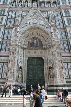 Entrance of the Basilica di Santa Maria del Fiore (Duomo), Florence [OC][1472x2208]