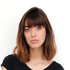 Louise Follain, Lob with bangs