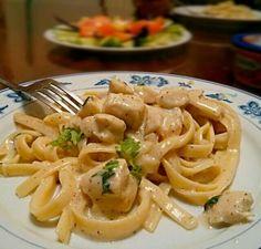 レシピとお料理がひらめくSnapDish - 17件のもぐもぐ - Chicken Fetuccine Alfredo <3 by Julie Tran