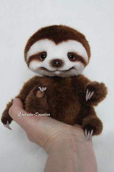 Baby Sloth Smile By Ljudmila Donodina - Bear Pile