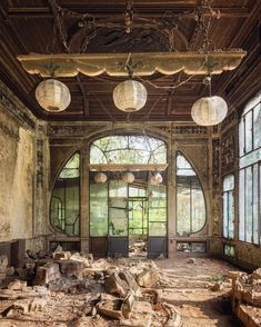 Abandoned, beautiful window by @glory.of.disrepair on IG.