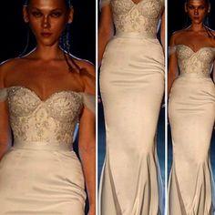 #wedding #bride #brides #congrats #weddinggown #weddinglacegown #bridal #love #weddinginspirasi #weddedwonderland #fashionandwedding #weddingdream #weddingspoint
