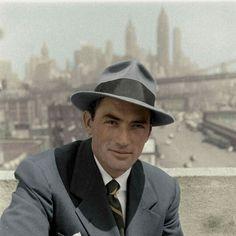 Old Hollywood Stars, Hollywood Actor, Vintage Hollywood, Classic Hollywood, Gregory Peck, Vintage Gentleman, Gentleman Style, Mafia, Gentleman Tattoo
