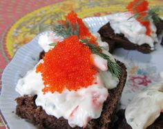 Swedish Creamy Dill Prawn Toasts With Caviar - Skagenrora