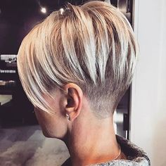 "Short Side Shaved Hair [ ""Pixie Cut 2017 Source Blonde Pixie Cut Source Cute Pixie Source Long Pixie Source Red Pixie Source Thick"", More Really Cute Pixie Hairstyles - crazyforus"", ""Long on top with an under shave. New Short Hairstyles, Pixie Hairstyles, Straight Hairstyles, Pixie Haircuts, 2018 Haircuts, Shaved Hairstyles, Elegant Hairstyles, Short Hair Undercut, Undercut Women"