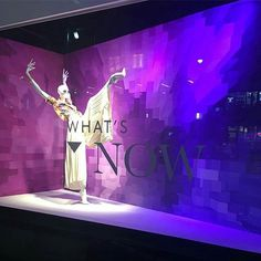 WEBSTA @ visualmerchandisingdaily - Strike a pose #visualmerchandising  #visualmerchandiser  #retaillife #windowdisplay #lordandtaylor #vmdaily Via @visualmerchandisingnews