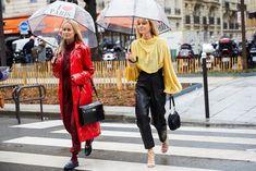 Street style : nos looks préférés de la Fashion Week de Paris automne-hiver 2020-2021 - Page 2 | Vogue | Vogue Paris Look Street Style, Street Style Looks, Vogue Paris, La Fashion Week, Paris Fashion, Best Bags, Paris Street, Cool Street Fashion, Fall Winter