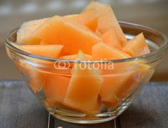 melon slices and dish.