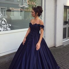 Elegant Navy Blue Ball Gowns Off Shoulder Wedding Dresses 2017 Engagement Dresses
