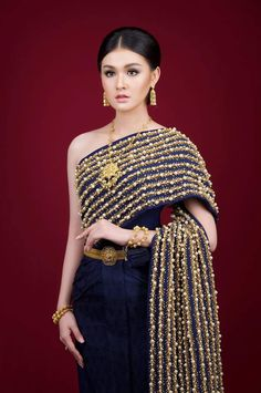 Traditional Wedding Dresses, Cambodia, Asian Girl, Shoulder Dress, Costumes, Lady, Amazing, Beautiful, Fashion