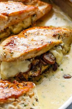Cheesy Garlic Butter Mushroom Stuffed Chicken WITH an optional. Cheesy Garlic Butter Mushroom Stuffed Chicken WITH an optional Creamy Garlic Parmesan Sauce! Garlic Mushroom lovers this is THE recipe of your dreams! Meat Recipes, Low Carb Recipes, Cooking Recipes, Healthy Recipes, Recipes Dinner, Easy Cooking, Delicious Recipes, Recipies, Creamy Garlic Parmesan Sauce
