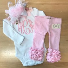 Newborn Take Home Outfit Baby Girl outfit in powder pink and Etsy Stylish Winter Outfits, Winter Outfits For Girls, Mom Outfits, Outfit Winter, Winter Dresses, Baby Girl Names Elegant, Baby Girl Leggings, Shower Outfits, Take Home Outfit