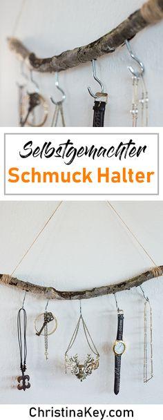 DIY Schmuck Halter aus Birken Holz - Schnell gemacht & super als Geschenk Idee geeignet! Crafts / Crafting / Selfmade / Wood / Jewellery / Idea / Hack / Inspiration / Chains / Keys / Interior / Design / Organisieren / Teen / Shabby Chic / Einrichtung / Schlafzimmer / Aufbewahrung / Ordnung / Schmuck / Halter / Ast / Schick / Gift / Present / Creative / Nature / Look / Birke / Birch / Cute / Love / Girl / Chic / shabby / Selfmade / Berlin / Kids / Low Budget / Fotografie / Tipp / Geschenkidee…