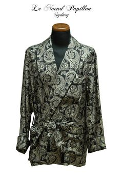 Silk dressing robe from Le Noeud Papillon Sydney - www.lenoeudpapillon.com