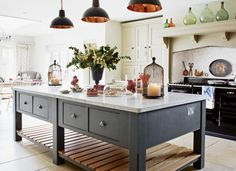 Browse photos of Freestanding Kitchen Cabinets Ideas. Find ideas and inspiration to add to your own home. See more ideas about Standing kitchen and Kitchen pantry cupboard. Open Plan Kitchen, New Kitchen, Kitchen Dining, Kitchen Decor, Island Kitchen, Kitchen Pantry, Kitchen Sink, Beautiful Kitchens, Cool Kitchens