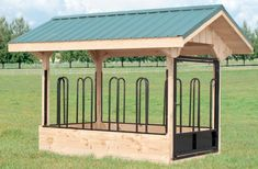 Horse Barns, Run-in Sheds & Hay Feeders - Capitol Sheds Hay Feeder For Horses, Horse Feeder, Free Shed Plans 10x12, Shed Floor Plans, Horse Stables, Horse Barns, Horse Hay, Barn Stalls, Horse Barn Plans