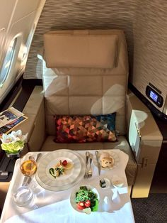Etihad's brand new Airbus A-380-800 - First Class Dining. Dec 2014